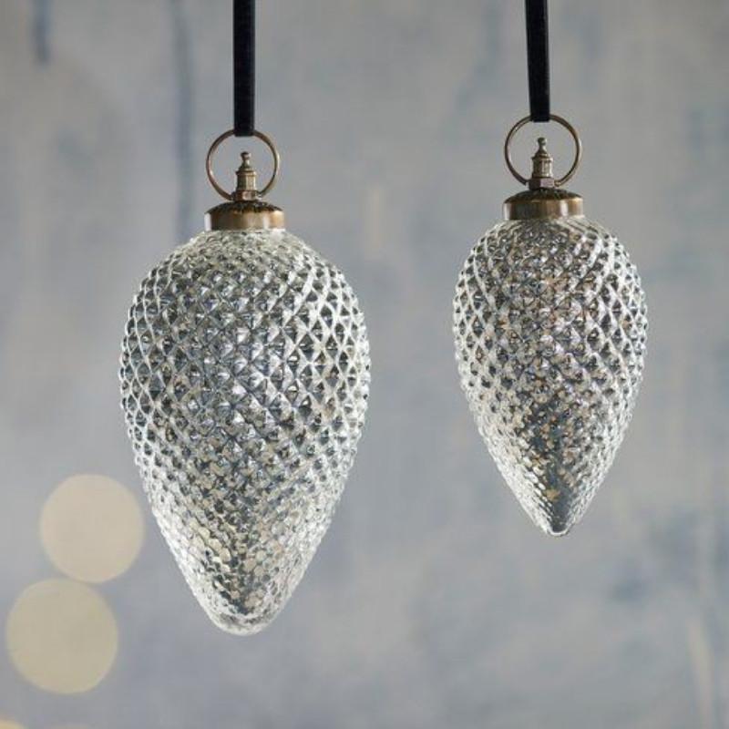 Tannenzapfen Silber Aus Glas In Zwei Größen